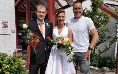 Claudia und Mathias Meisel geben sich das Ja-Wort